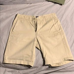 Gap khaki shorts